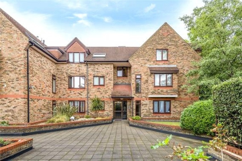 Images for Bell View Manor, 10 The Oaks, Ruislip, Middlesex, HA4 EAID:LAW BID:eas1