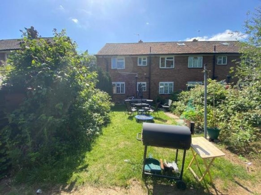 Images for Thirsk Close, Northolt, Middlesex, UB5 EAID:LAW BID:rui1